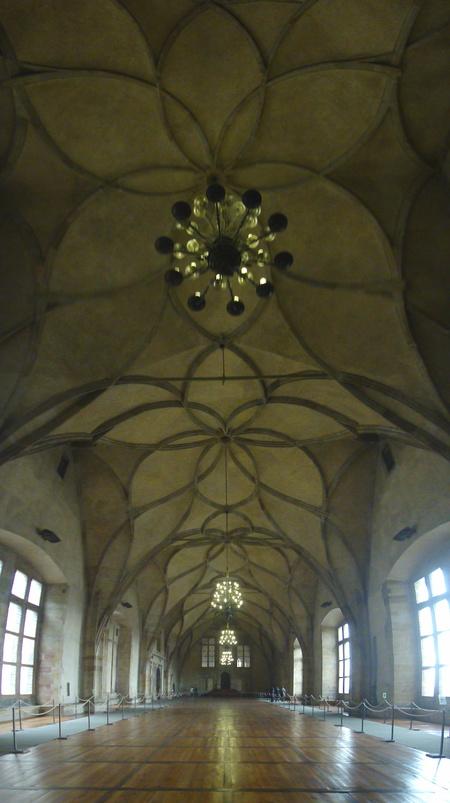 Vladislav Saal, Burg, Prag