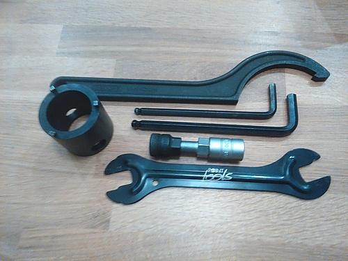 Werkzeug zum Ausbauen und Zerlegen der Strida-Schaltung KS3 von Sturmey Archer