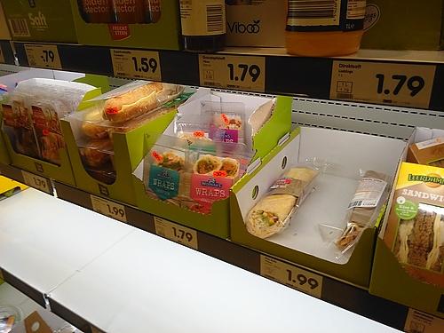 Wraps beim vergammeln im Kühlregal - Fleisch will halt keiner