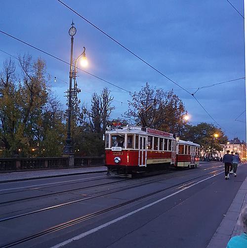 Alte Straßenbahn in Prag