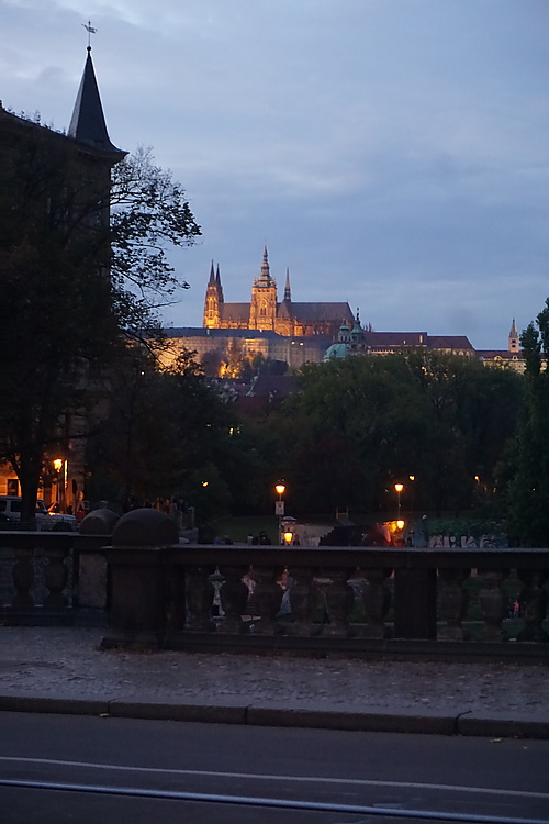 Prager Burg mit Repräsentationsbeleuchtung