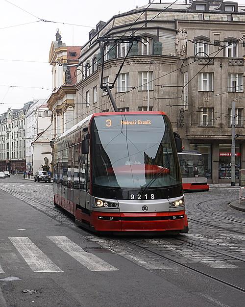 Škoda 15 T in Prag