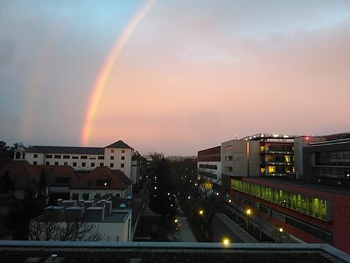Regenbogen vom Sonnenaufgang